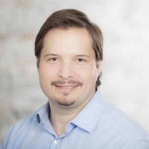 Dr Vincent Paquette